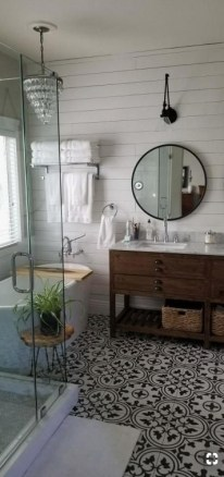Unusual Remodel Design Ideas To Be Modern Farmhouse Bathroom 17