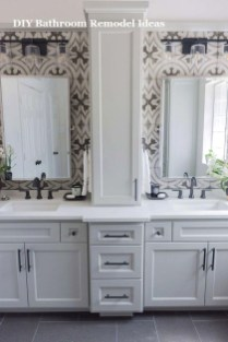 Unusual Remodel Design Ideas To Be Modern Farmhouse Bathroom 41