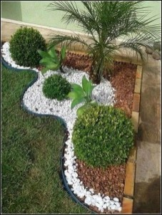 Amazing Yard Landscaping Design Ideas That You Must See 05