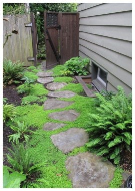 Amazing Yard Landscaping Design Ideas That You Must See 35