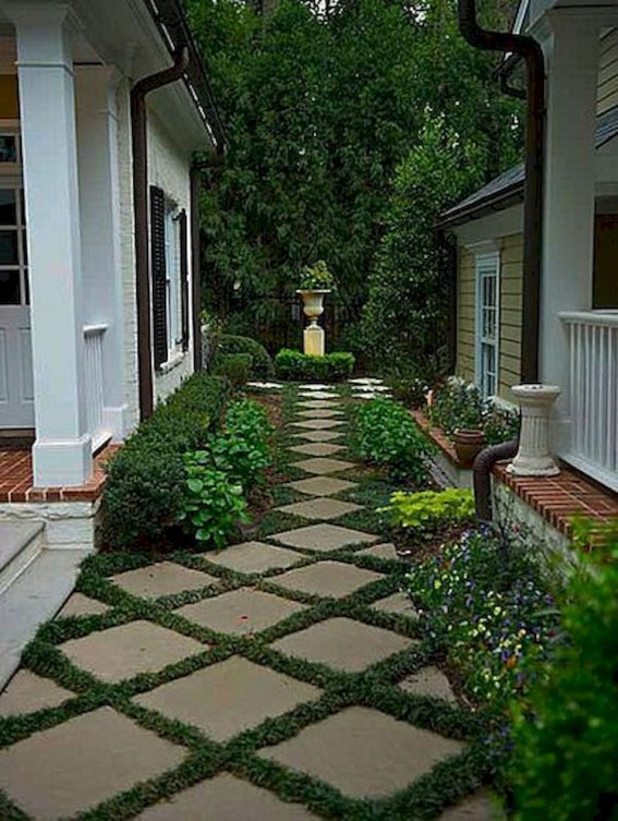 Amazing Yard Landscaping Design Ideas That You Must See 38