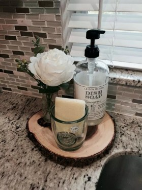 Awesome Summer Decor Ideas With Rustic Farmhouse Style To Try Asap 45