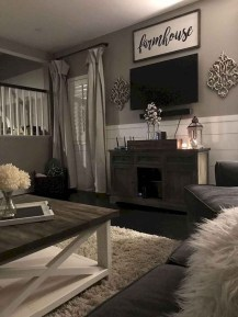 Comfy Farmhouse Living Room Decor Ideas That You Need To See 05