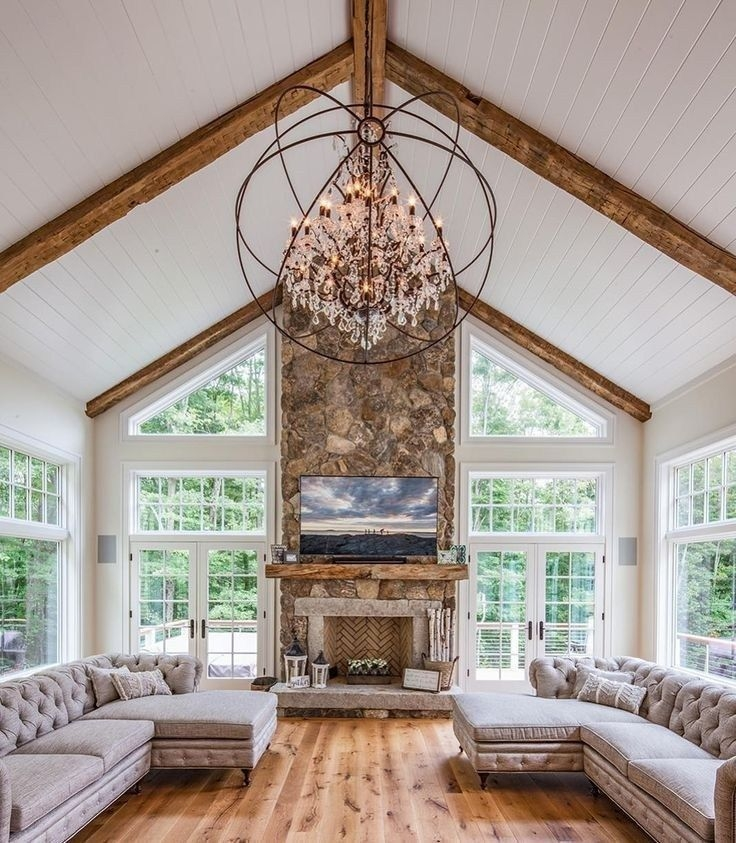 Comfy Farmhouse Living Room Decor Ideas That You Need To See 14