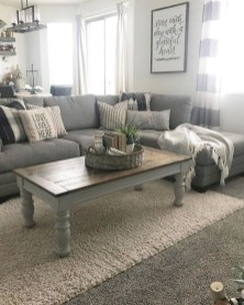 Comfy Farmhouse Living Room Decor Ideas That You Need To See 23