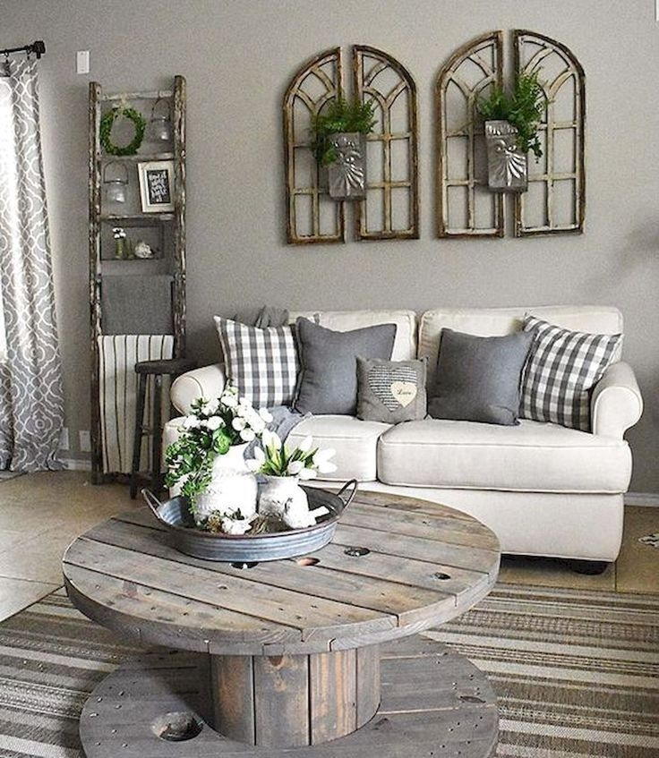 Comfy Farmhouse Living Room Decor Ideas That You Need To See 31