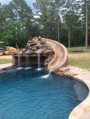 Comfy Pool Decoration Ideas For Your Backyard To Have 24