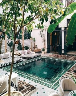 Cozy Backyard Swimming Pools Design Ideas To Copy Right Now 13