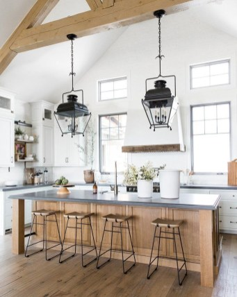 Crative Farmhouse Kitchen Design Ideas For Fun Cooking To Try 18