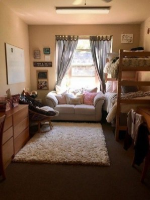 Elegant College Dorm Room Design Ideas That Suitable For You 07