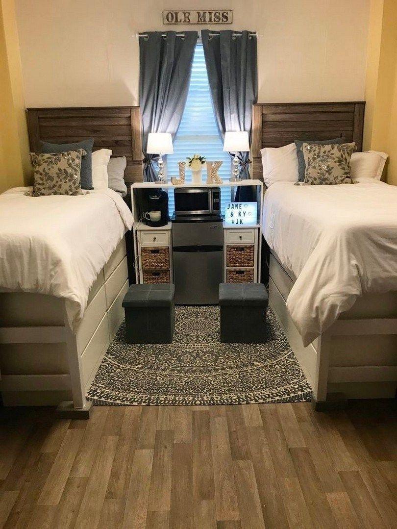 Elegant College Dorm Room Design Ideas That Suitable For You 11