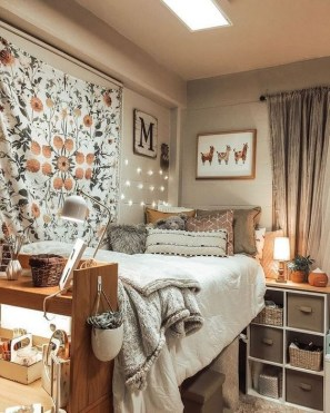 Elegant College Dorm Room Design Ideas That Suitable For You 16