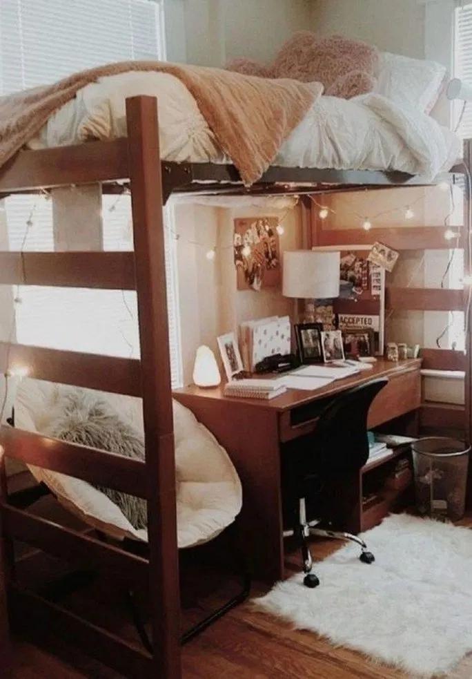 Elegant College Dorm Room Design Ideas That Suitable For You 38