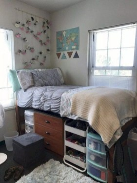 Elegant College Dorm Room Design Ideas That Suitable For You 45