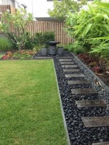 Genius Summer Backyard Landscaping Design Ideas To Inspire Everyone 31