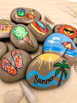 Hottest Diy River Rocks Design Ideas For Summer Garden 07