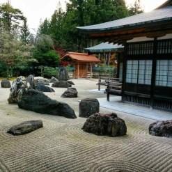 Hottest Diy River Rocks Design Ideas For Summer Garden 42