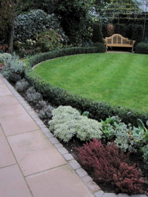 Pretty Lawn Edging Design Ideas For Your Yard To Try 07