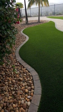 Pretty Lawn Edging Design Ideas For Your Yard To Try 24