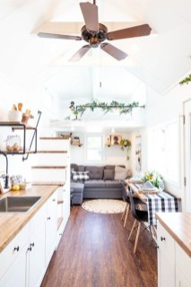 Relaxing Tiny House Makeovers Design Ideas With Farmhouse Style 02