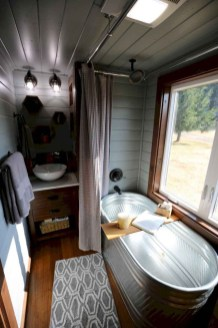 Relaxing Tiny House Makeovers Design Ideas With Farmhouse Style 46