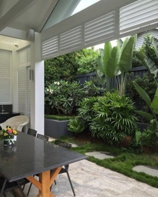 Rustic Small Backyard Design Ideas With Vertical Garden To Try Asap 17