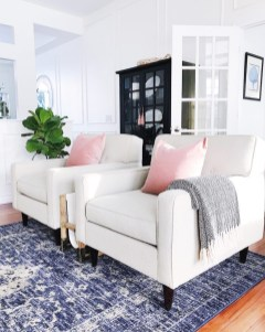 Splendid Living Room Décor Ideas For Spring To Try Soon 30
