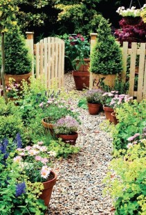 Stunning Garden Designs Ideas For Cottage To Try In 2019 05