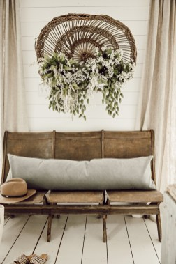 Superb Spring Home Decor Ideas With Farmhouse Style To Try Asap 16