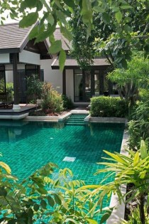 Surprising Tropical Pool Landscaping Design Ideas To Try Soon 47