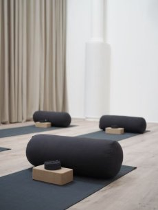 Best Yoga Room Design Ideas For Life Better And More Healthy 02