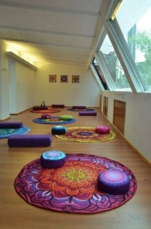 Best Yoga Room Design Ideas For Life Better And More Healthy 28