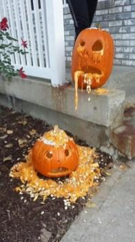 Cozy Pumpkin Carving Design Ideas You Can Do Yourself 03