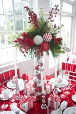 Creative Christmas Centerpieces Ideas That You Must See 02