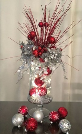 Creative Christmas Centerpieces Ideas That You Must See 08