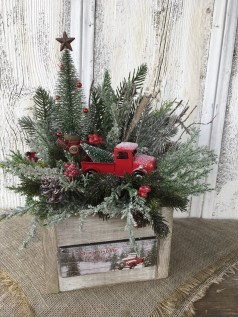Creative Christmas Centerpieces Ideas That You Must See 12