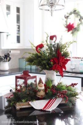 Creative Christmas Centerpieces Ideas That You Must See 43
