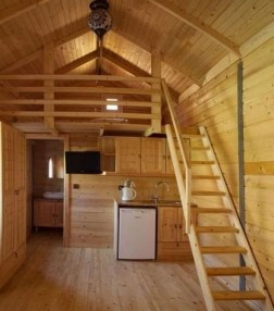Cute Tiny House Design Ideas On Wheels That You Must Have Now 01