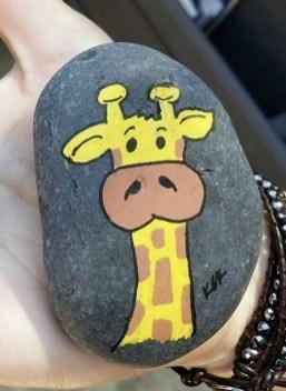 Elegant Diy Rock Painting Design Ideas That Looks Cool 24
