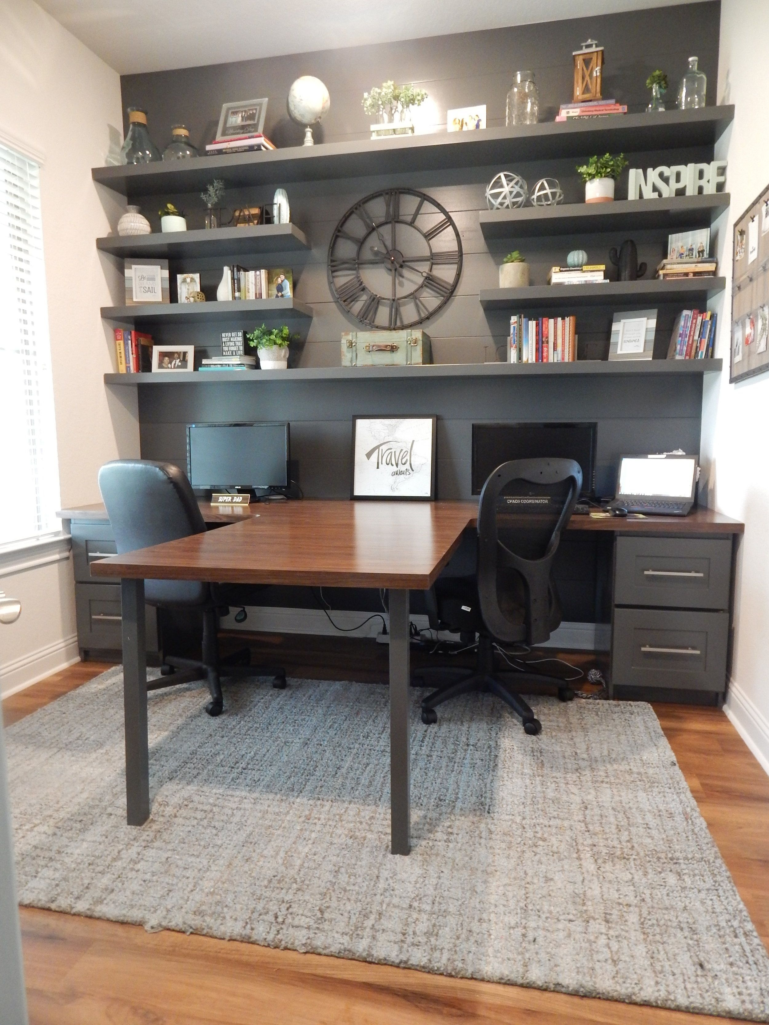 Gorgeous Traditional Small Home Office Design Ideas For You To Have 36