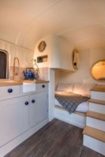 Incredible Rv Motorhome Interior Design Ideas For Summer Holiday 10