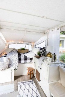 Incredible Rv Motorhome Interior Design Ideas For Summer Holiday 22
