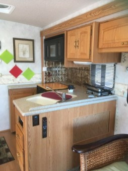 Incredible Rv Motorhome Interior Design Ideas For Summer Holiday 30