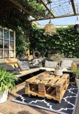 Popular Winter Patio Decorating Ideas To Try Asap 16