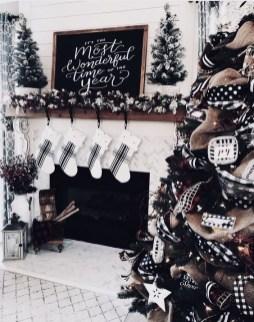 Wonderful Black Christmas Decorations Ideas That Amaze You 12