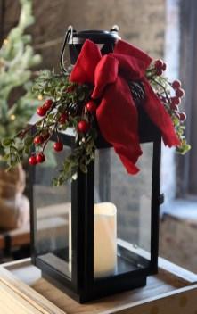 Wonderful Black Christmas Decorations Ideas That Amaze You 37