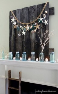Beautiful Coastal Christmas Decor Ideas For Apartment To Try 41