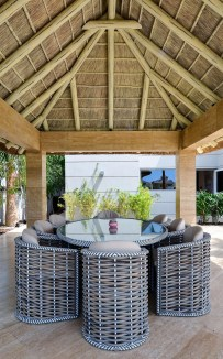 Beautiful Indoor And Outdoor Beach Dining Spaces Ideas To Copy Asap 10