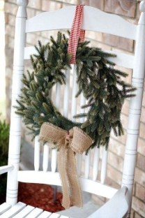 Comfy Christmas Front Porch Decor Ideas To Looks More Elegant 49