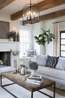 Comfy Farmhouse Living Room Decor Ideas To Try This Year 30